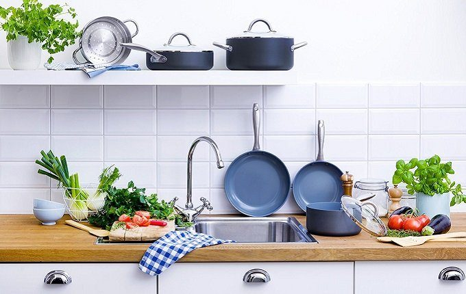 How to Buy the Best Ceramic Cookware