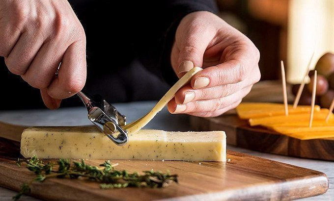 How to Buy the Best Cheese Slicer