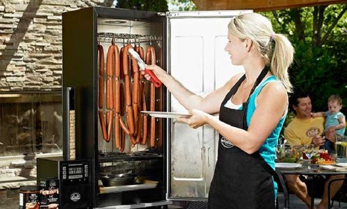 How to Buy the Best Electric Smoker