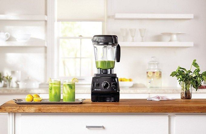 How to Buy the Best Blender for Green Smoothies