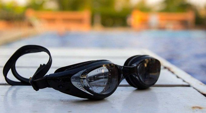 How to Buy the Best Swimming Goggles