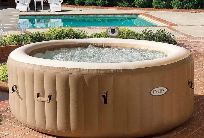 Tips on Using and Maintaining an Inflatable Hot Tub