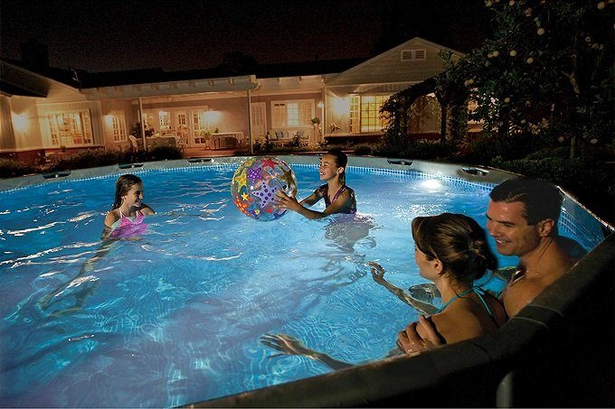 How to Buy the Best Pool Light