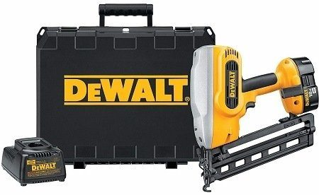 DeWalt DC618K XRP Finish Nailer Kit