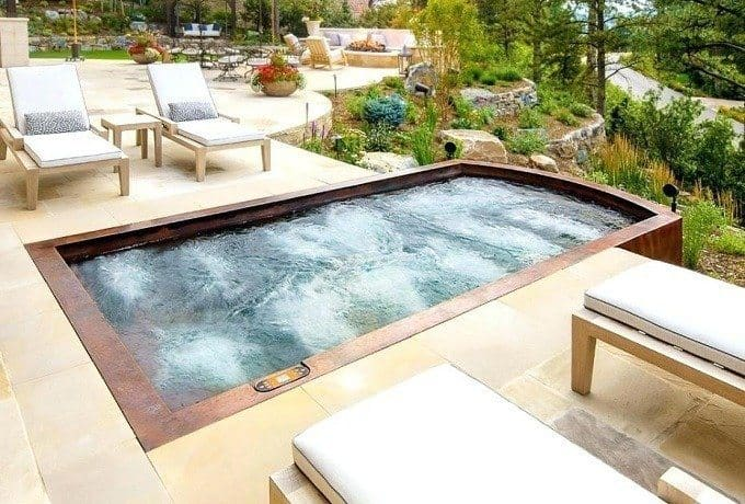 How to Buy the Best Hot Tub Chemical