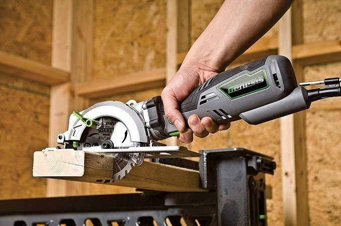 How to Buy the Best Mini Circular Saw