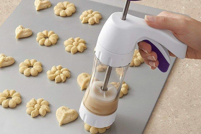 How to Buy the Best Cookie Press