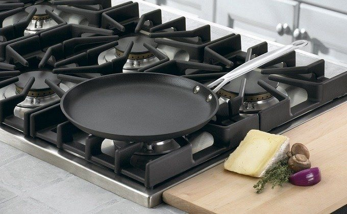 How to Buy the Best Crepe Pan