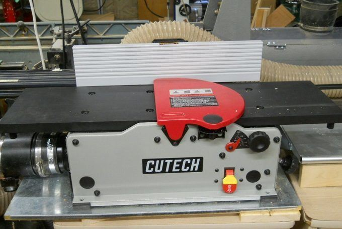 How to Buy the Best Benchtop Jointer