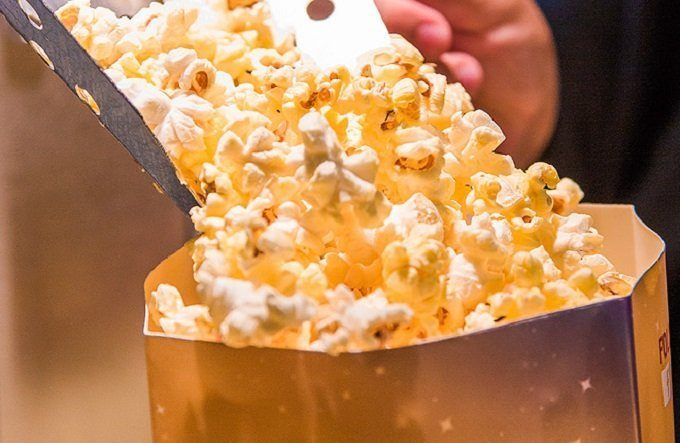 How to Buy the Best Oil for Popcorn
