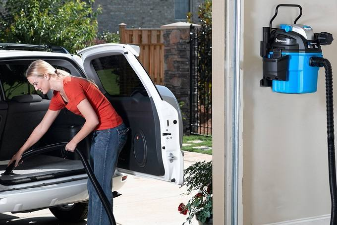 How to Buy the Best Wall Mounted Shop Vac