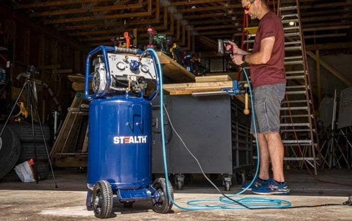 How to Buy the Best 20-Gallon Air Compressor