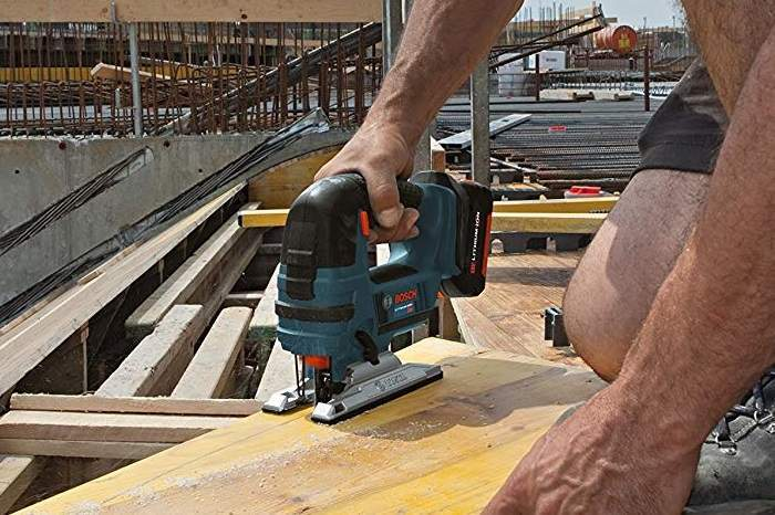 How to Buy the Best Cordless Jigsaw