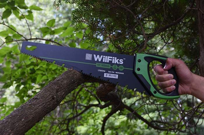 How to Buy the Best Hand Saw