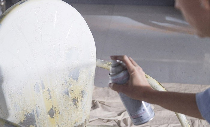 How to Buy the Best Spray Paint for Metal