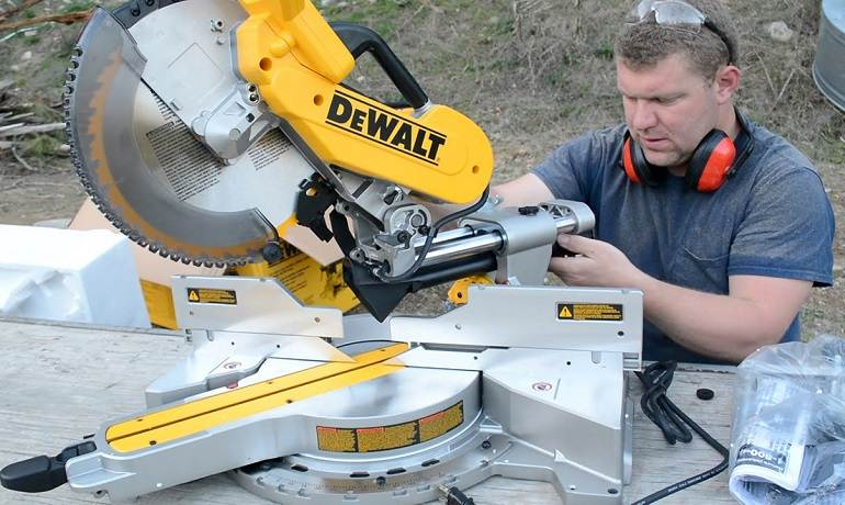 The Suitable Miter Saw for The Right Job