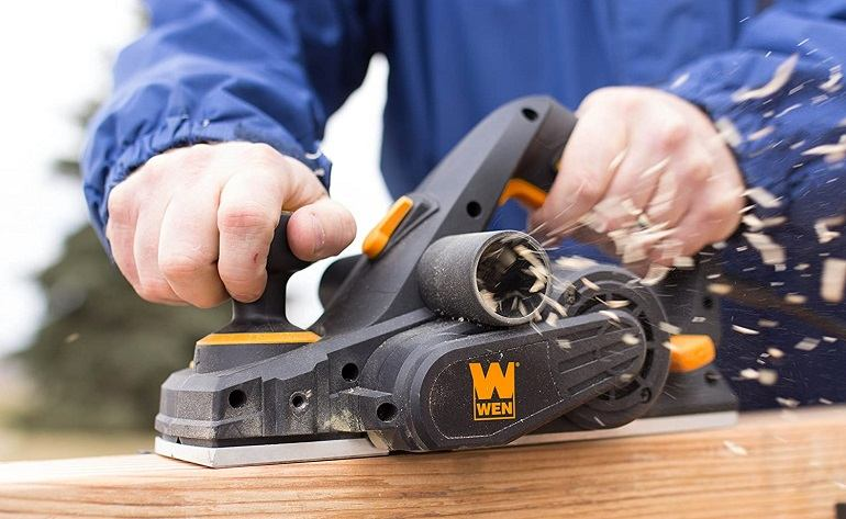 How to Buy the Best Wood Planer