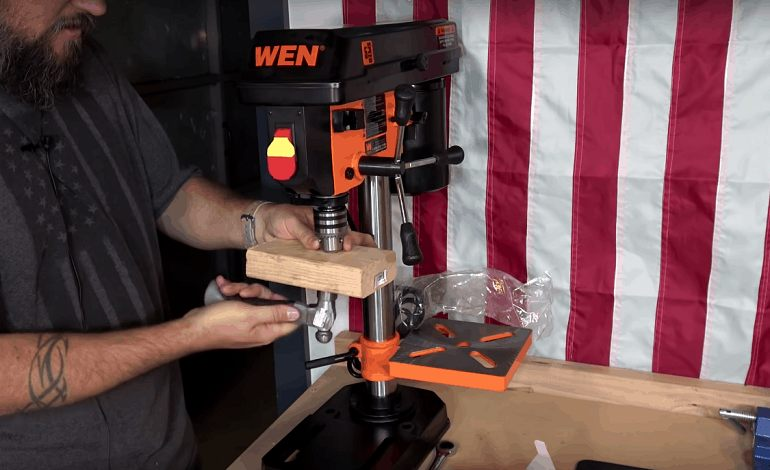 How to Buy the Best Mini Drill Press