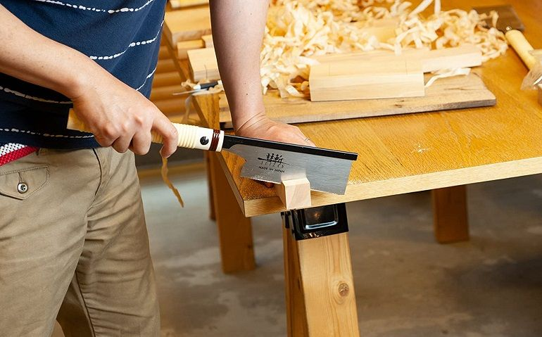 How to Buy the Best Dovetail Saw