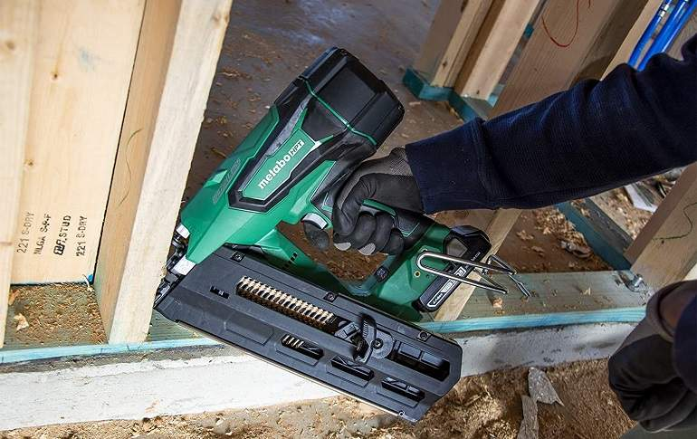 How to Buy the Best Cordless Framing Nailers